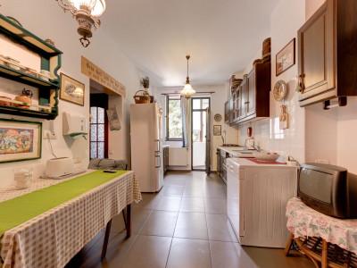 Apartament 5 camere segmentul PREMIUM zona Dorobanti / Capitale + ANEXE si GARAJ